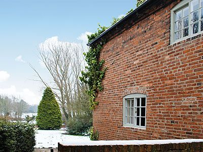 photo Foremark Cottages - Burdett?s Cottage Milton, nr. Repton and Derby